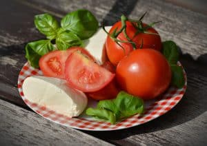 tomatoes-1580273_1920